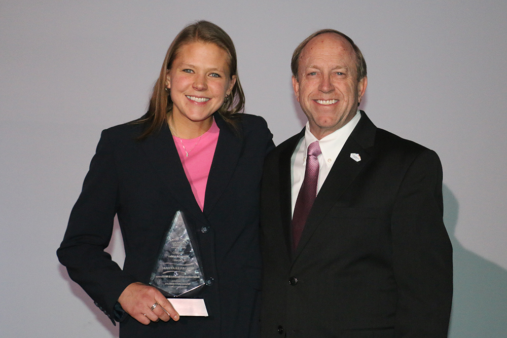 photo of Mayor and Megan holding her award